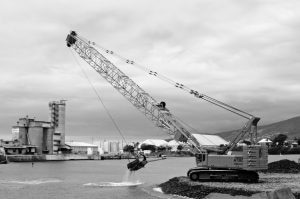 Cranes and telescopic manipulators