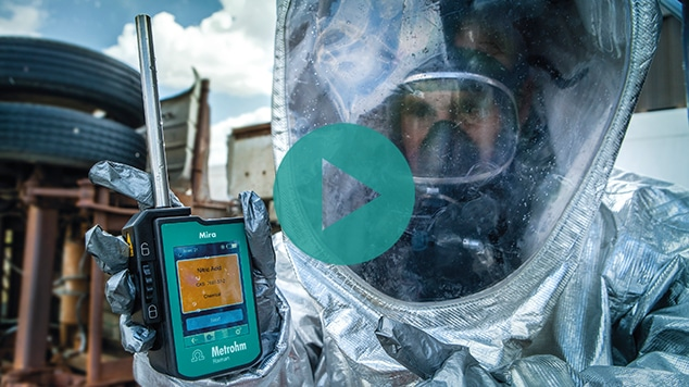 Mira DS handheld analyzer for drugs, explosives, and hazardous materials