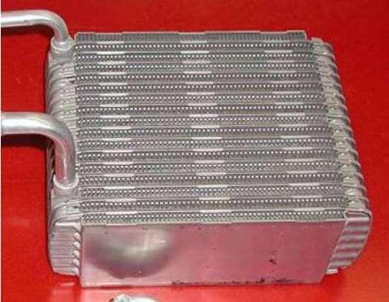 Vacuum brazed evaporator