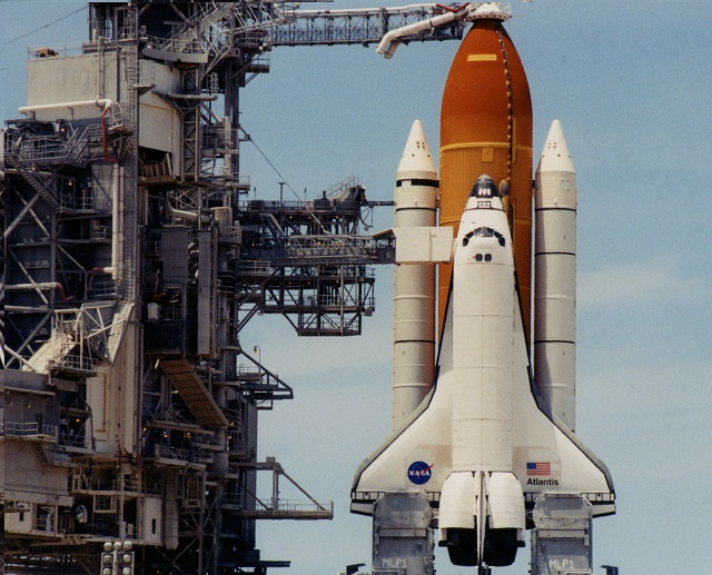 space shuttles were built where - photo #43