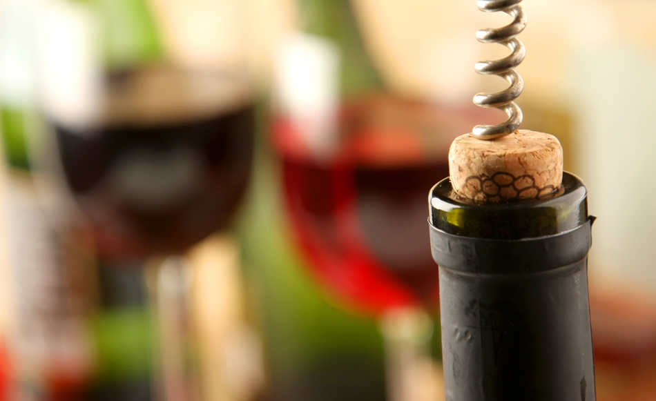 Light scattering patterns from wine were found to correlate with taste and quality.