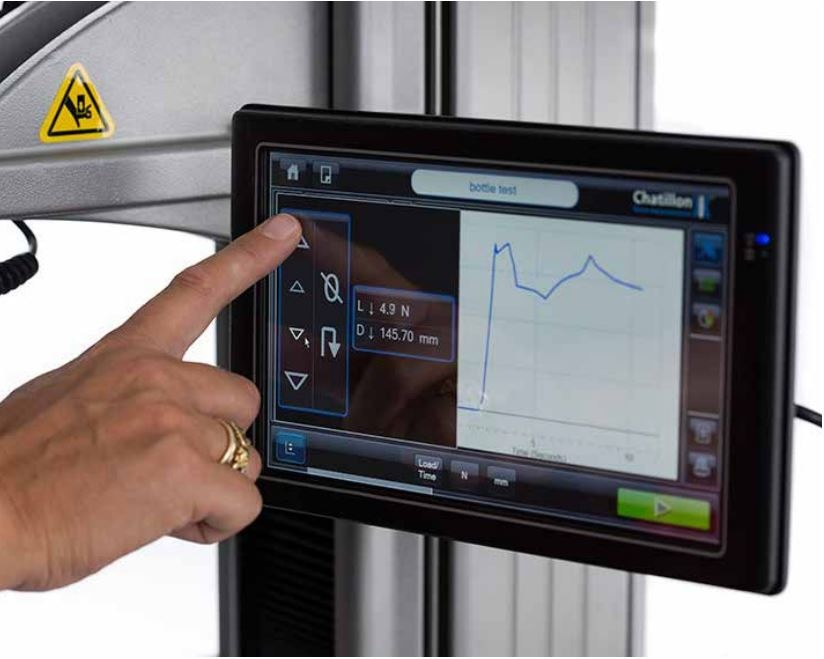 The CS Series provides data as experiments are performed on its touchscreen interface.