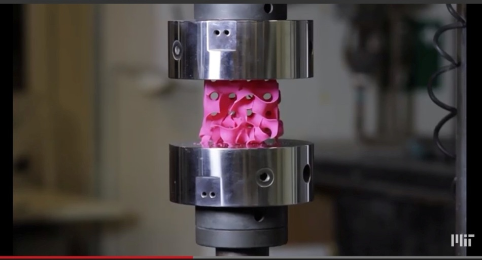 3d Printing Makes Light Weight Gyroid Structures From
