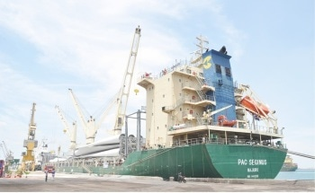 Reducing the Carbon Footprint with ABB India's First Shore-to-Ship Power Supply