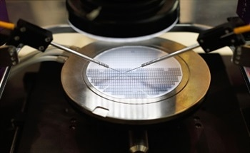 Circuit Pattern Inspection on Wafer Samples