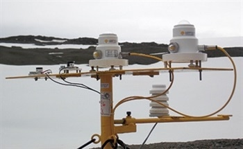 Measurement of UV Radiation in the Antarctic