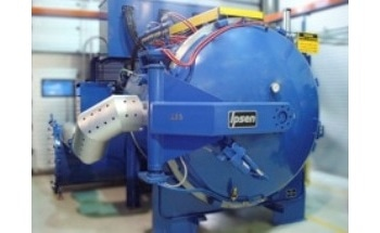 Vacuum Furnaces with Strong Temperature Uniformity