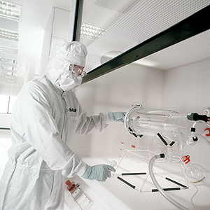 High Purity BASF Chemicals Help Microchip Manufacturers