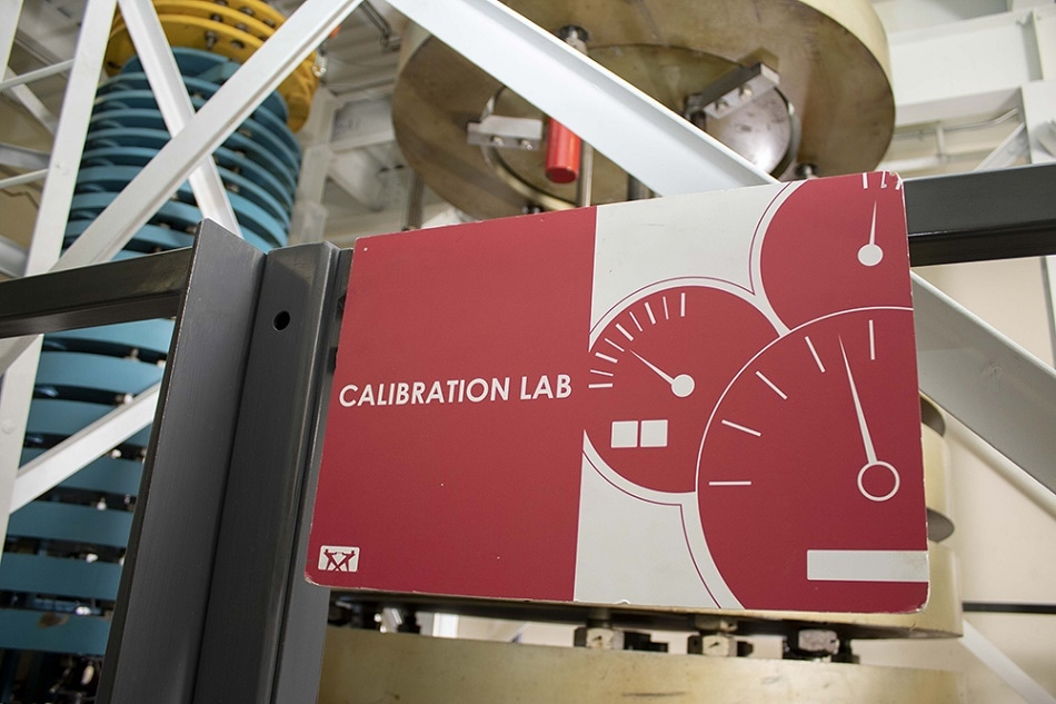 Instron's Calibration Laboratory Goes Global