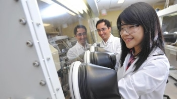 Simple Electrical Doping Method Could Minimize Cost of Organic PV and Polymer Solar Cells