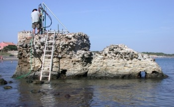 Study Reveals Corrosive Seawater Strengthened Ancient Roman Structures
