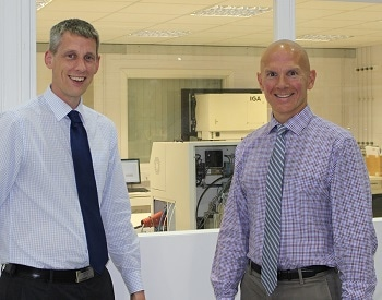 Professor Mark Shiflett Visits Hiden Isochema To Celebrate 15 Years Of Successful Collaboration