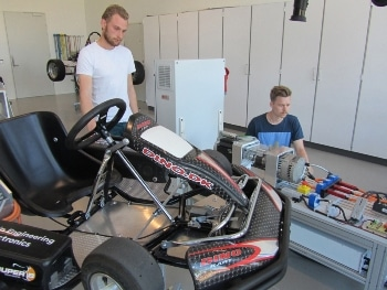 Students at SDU Test the User Electronics of the Future and Green, Sustainable Technologies