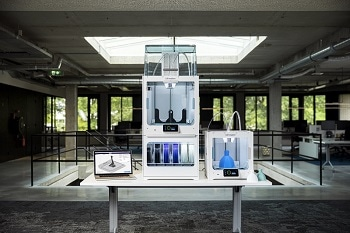 Ultimaker S5 Pro Bundle Brings Industrial Production Power to the Office